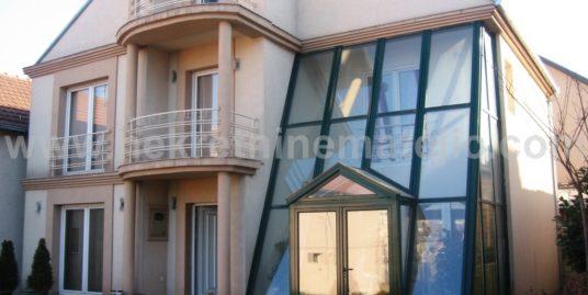 Kuća Pivara 250 m2+ 5ari