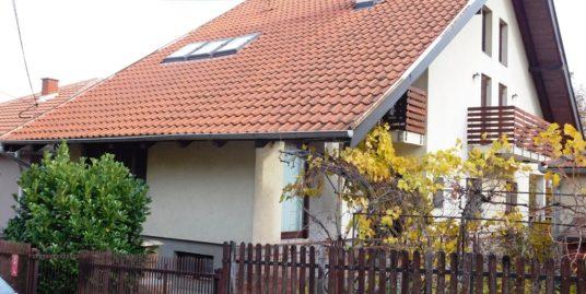 Kuća Erdoglija 200 m2, 2,8 ari- 132.000 E