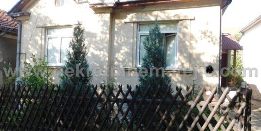 KUĆA BRIONI- PIVARA- 170 M2+ 3,8 ARA- 86.000 E